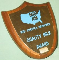 Image of 1985 Dairymen Plaque