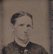 Image of Woman, unknown - 5-P-021