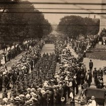 Image of Solders parade south on University Ave circa WWI - /  /