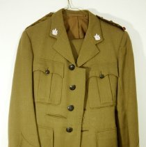 Image of 03057 - Uniform, Military