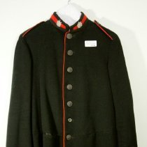 Image of 03323 - Uniform, Military