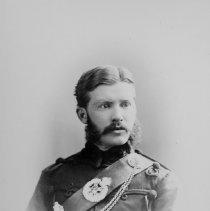 Image of Bowes, Capt