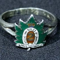 Image of 04657 - Ring, Insignia