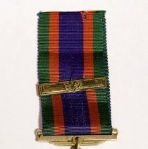 Image of Canadian Voluntery Service medal and bar  - 1711/20/16
