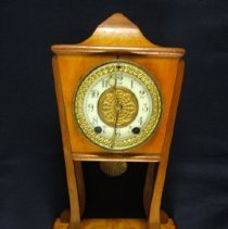 Image of 2000.1.5 - Clock