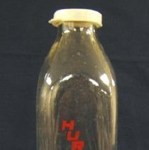 Image of 2006.8.29a - Bottle