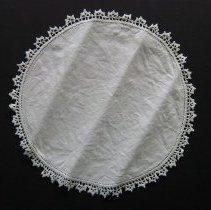 Image of 1973-169-1262 - Domestic Life Sewing & Needlework