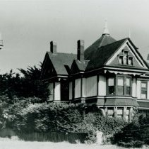 Image of Preston Mansion before the Fire