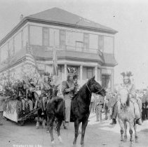 Image of Parades & Pageants - 2006-11-1154-10
