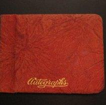 Image of 2006-21-01 - Album, Autograph