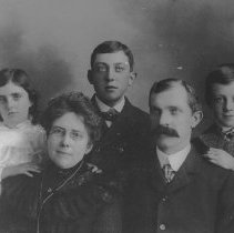 Image of John Edwin Carlson Family