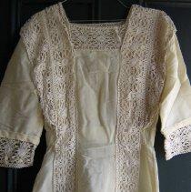 Image of 2009-62-01 - Clothing