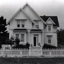 Image of Houses - 1996-006-1419-24