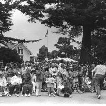 Image of Parades & Pageants Towns - 1996-006-1437-33