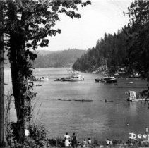 Image of 0020 - People on Shore of Deep Cove
