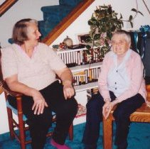 Image of 4802 - Jean Craig (on right) talking to Mary Craig