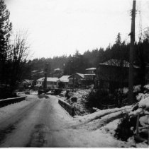 Image of 0431 - Panorama Creek bridge and houses 1962