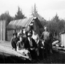 Image of 0106 - Back shed with Moore family