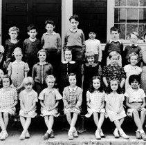 Image of Roche Point School class photo, 1938 - 0153 - Roche Point School class photo Gr 1-4 Sep 23, 1938