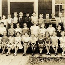 Image of 0162 - Roch Point School class photo 1939