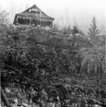 Image of 0684 - Woodland North, house above dock