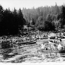 Image of Regatta Boats - View from water, back to Motel - 0815 - View from water back to motel Aug 1939