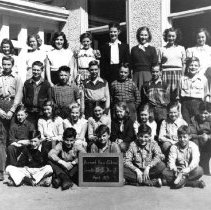 Image of 0591 - BVS Grades 6&7, 1951