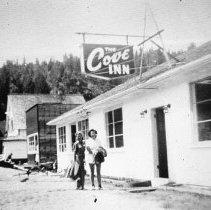 Image of 2nd Street, Cove Inn