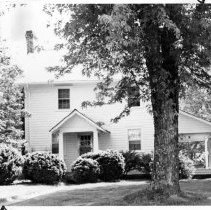 """Image of Snow House - Dick Snow house, located on SR 1397 in the Oak Grove vicinity.  According to SIMPLE TREASURES,  the house is famous locally as the scne of the """"Good Mornin'"""" episode in Hardin Taliaferro's 1859 """"Fisher's River Scenes and Characters.  Richard """"Dick"""" Snow probably built the house in the 1820s or 1830s.  Over the years it has undergone considerable remodeling.  State Record 256."""