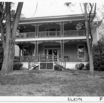 Image of Gwyn-Foard House - Gwyn-Foard House, located at 115 Circle Court, Elkin.  For additional information, refer to SIMPLE TREASURES, page 93.  State Record 574