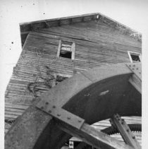 Image of Isaac Mill - Isaac Mill, located on Red Hill Creek in Franklin Township.  It may in earlier years have been the Franklin-McMickle Mill associated with the owners of the nearby Edwards-Franklin House. For more information, refer to SIMPLE TREASURES pages 26 and 110.  State Record 518.