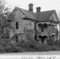 Image of Frank Douglas House - Frank Douglas House, SR 1001, Zephyr vicinity, built mid-1890s.  For more information see SIMPLE TREASURES page 60 and state record 537.