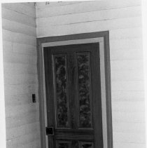 Image of Atkinson House - Grained door, Samuel J. Atkinson House, Siloam.  For additional information, see SIMPLE TREASURES page 19.