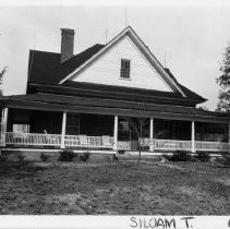 Image of Dr. Taylor Flippin House - Dr. Taylor Flippin House, SR 1003, Siloam.  For more information refer to SIMPLE TREASURES page 241 and State Record 202.