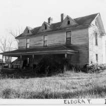 Image of Abandoned House - House located in the Level Cross Section, Eldora Township, on State Road 2090.  See SIMPLE TREASEURES page 83.