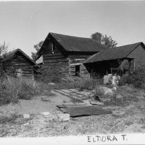 Image of Log House - House located in Eldora Township, Surry County, North Carolina, State Road State Road 2038.  See SIMPLE TREASURES page 82.