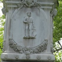 Image of Relief of a sailor and medallion of David G. Farragut