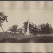 Image of Soldiers' and Sailors' Monument