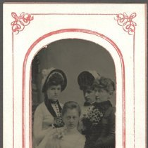 Image of Hattie Booth, Carrie Towle, Bertha Judkins and Cora Ney