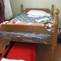 Image of Cannonball bedstead