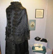 Image of Dolman on exhibit (Jane's World)