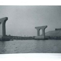 Image of 1999.14.01-32 - Photograph
