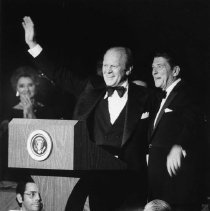 Image of Presidents Gerald Ford & Ronald Reagan - 1976/10/8