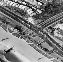 Image of Temescal Canon Road at Pacific Coast Highway - 1976/01/19