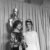 Image of Maggie Smith and Brooke Shields at the 1979 Academy Awards - 4/9/1979