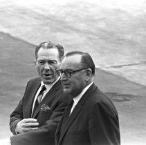 Image of Mayor Sam Yorty and Governor Edmund Brown at LAX - 1965/11/07