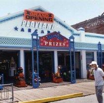 Image of Playland Arcade at Santa Monica Pier - 1992/06/18
