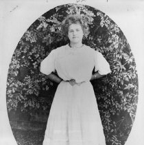 Image of May Sutton Bundy - early 1900s