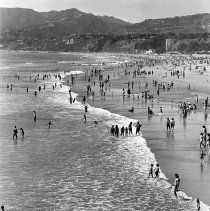 Image of Santa Monica Beach - undated