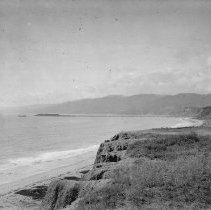 Image of Palisades Park Looking North toward Long Wharf - undated
